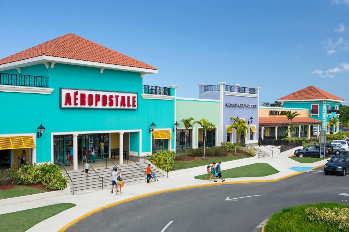 Aeropostale & American Eagle Outfitters at Puerto Rico's Prime Outlets.