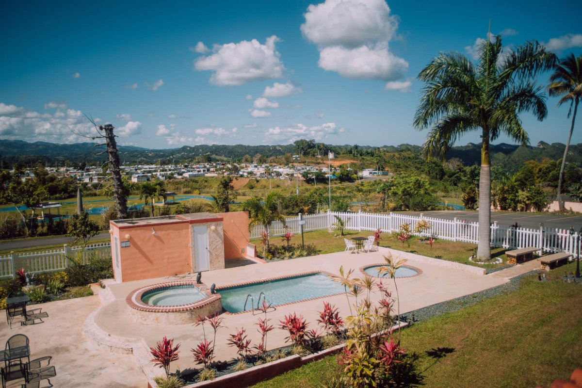 Casona Bella Vista has 7 cozy guest rooms, each with stunning views.