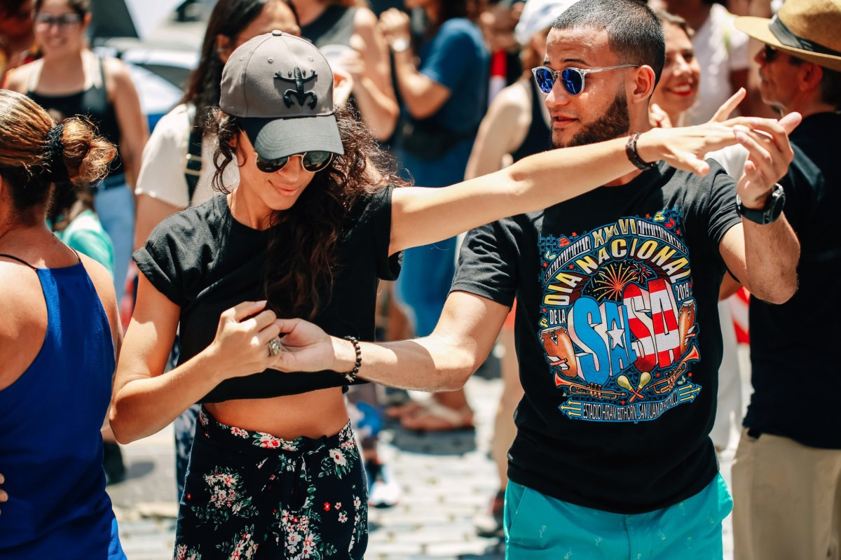 A couple dancing salsa in Old San Juan.