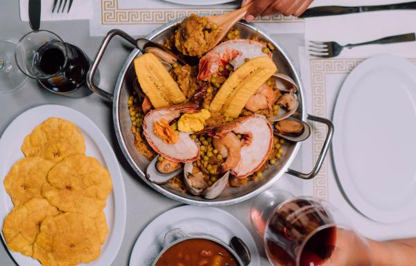 An overhead shot of the food at El Balcon de Capitan in Salinas.
