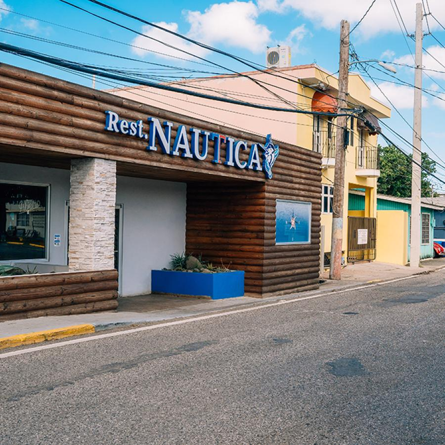 View of the restaurant Nautica by Poly